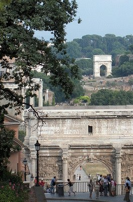 Triomfbogen op het Forum Romanum (Rome); Triumphal arches on the Roman Forum