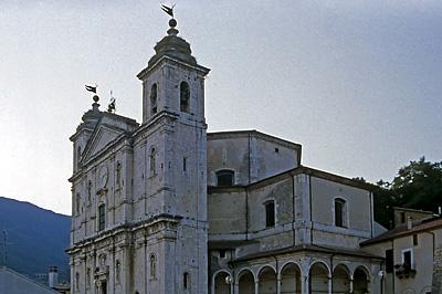 Basilica di S.Maria Assunta, Castel di Sangro; Basilica di S.Maria Assunta, Castel di Sangro
