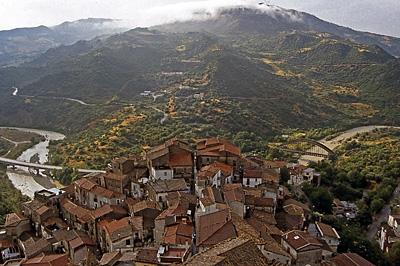 Valsinni (Basilicata, Italië); Valsinni (Basilicata, Italy)