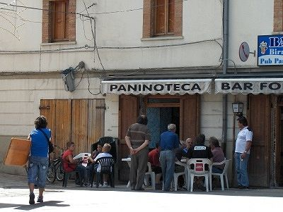 Bar in Colledimezzo (Abruzzen, Italië); Bar in Colledimezzo ( Abruzzo, Italy)
