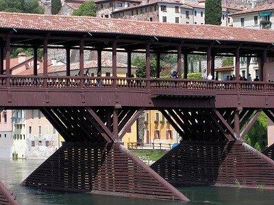 Ponte degli Alpini (Bassano del Grappa, Italië); Ponte degli Alpini (Bassano del Grappa, Italy)