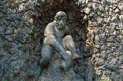 Grotta del Mugnone (Villa Demidoff, Toscane); Grotta del Mugnone (Villa Demidoff, Tuscany)