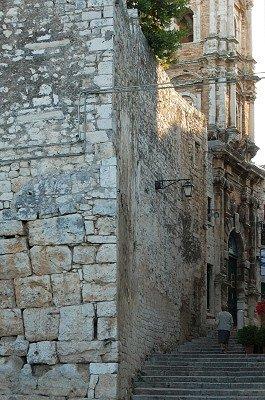 Convento di S. Benedetto (Apulië, Italië); Convento di S. Benedetto (Apulia, Italy)