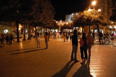 Piazza XX Settembre (Martina Franca, Italië); Piazza XX Settembre (Martina Franca, Italy)