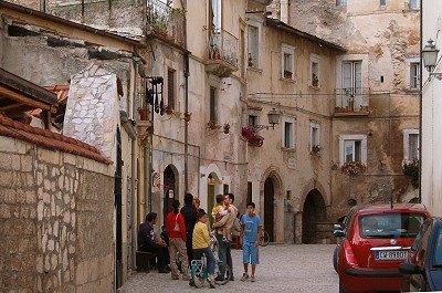 Pescina (Abruzzen, Italië); Pescina (Abruzzo, Italy)