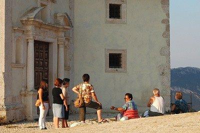 S.M. della Pietà (Calascio, Abruzzen, Italië); S.M. della Pietà (Calascio, Abruzzo, Italy)
