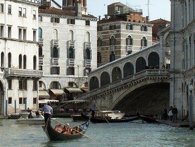 Rialtobrug (Venetië, Italië); Rialto bridge (Venice, Italy)