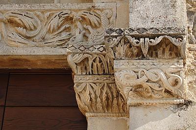 Corvara (Abruzzen, Italië); Corvara (Abruzzo, Italy)