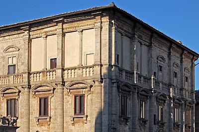 Montepulciano (SI, Toscane, Italië); Montepulciano (SI, Tuscany, Italy)