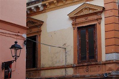 Piazza Umberto I, Sant
