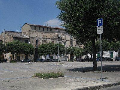 Piazza Guglielmo Marconi, Aversa, Campanië, Italië; Piazza Guglielmo Marconi, Aversa, Campania, Italy