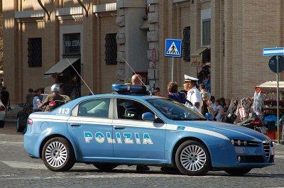 Alfa 159 Polizia (Sint-Pietersplein, Rome); Alfa 159 Polizia (Saint Peter
