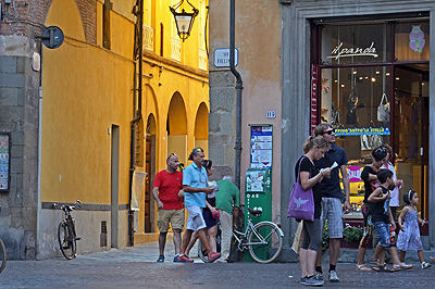 Via Fillungo, Lucca, Toscane, Italië; Lucca, Tuscany, Italy