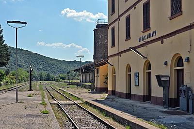 Station Monte Amiata, Toscane, Italië; Monte Amiata station, Tuscany, Italy