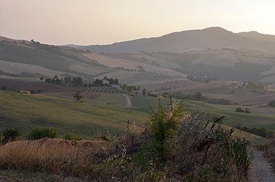 Landschap bij Radicofani (Si. Toscane, Italië); Landscape near Radicofani (Si. Tuscany, Italy)