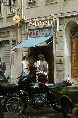 Bar in Florence (1983), Toscane, Italië; Bar in Florence (1983), Tuscany, Italy