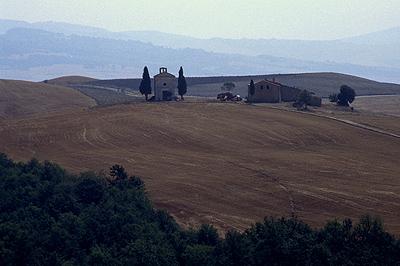 Kapel in Toscane, Italië; Chapel in Tuscany, Italy