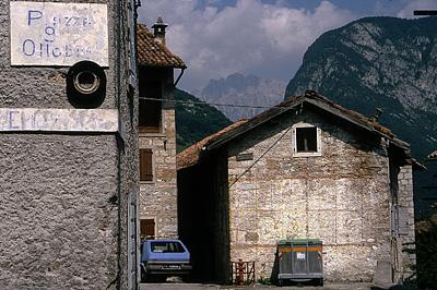 Erto (PN, Friuli Venezia Giulia, Italië); Erto (PN, Friuli Venezia Giulia, Italy)
