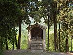 Wegaltaar in Asolo (TV, Veneto, Italië); Wayside shrine, Asolo (TV, Veneto, Italy)