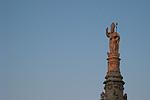 Zuil van Sint-Orontius, Ostuni (Apulië, Italië); Column of St. Orontius, Ostuni (Puglia, Italy)