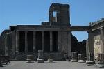 Basilica, Pompeii, Campanië, Italië; Basilica, Pompeii, Campania, Italy