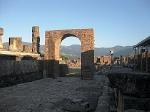 Boog van Germanicus, Pompeii; Arch of Germanicus, Pompeii