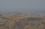 Windmolens bij Bovino (Apulië, Italië); Windmills near Bovino (Puglia, Italy)