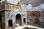 Zomertriclinium, Herculaneum (Campanië, Italië); Summer triclinium, Herculaneum (Campania, Italy)